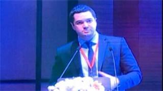 肺癌 外科讲坛 Dmitrii Sekhniaidze:Uniportal VATS double sleeve lobectomy